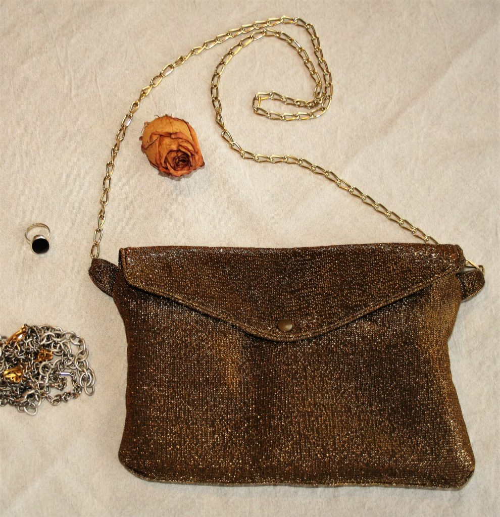 golden clutch (5)